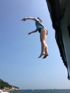 rsz_1rsz_retreat16_elizabeth_jump